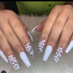 Nail art Christmas - the festive spirit on the nails. Over 70 creative ideas and tutorials - My Nails White Coffin Nails, White Acrylic Nails, Summer Acrylic Nails, Best Acrylic Nails, Pink Coffin, Pastel Nails, Acrylic Nail Art, Bling Nails, Swag Nails