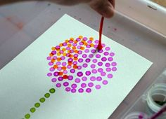 Pointillism Art for Kids with Q-tips and Watercolors - Worth Repeating! - Pointillism Art for Kids with Q-tips and Watercolors – Worth Repeating! Dr Seuss Art, Dr Seuss Crafts, Preschool Crafts, Dr Suess, Dr Seuss Preschool Art, Preschool Themes, Kids Crafts, Art Lessons For Kids, Art Lessons Elementary