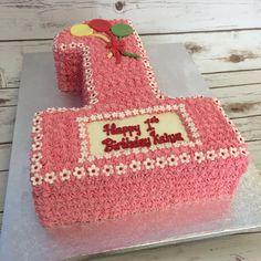 Number 1 buttercream piped Victoria sponge cake #delish #buttercreamtodiefor #cakeshop #birthdaycakes