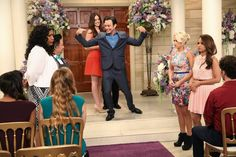 "#YoungAndHungry 1x10 ""Young & Thirty (...and getting married!)"" - Yolanda, Elliot, Caroline, Josh, Gabi and Sofia"