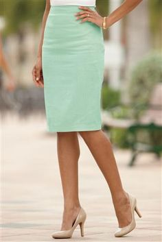 Linen-Blend Pencil Skirt. Beautiful color. Needs some higher shoes but so perfect