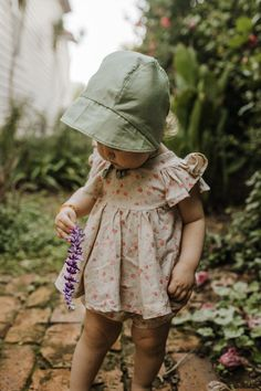 23 fun things for your August! Baby Girl Fashion, Kids Fashion, Little Ones, Little Girls, Baby Mine, Kits For Kids, Happy Kids, Kind Mode, Maternity Fashion