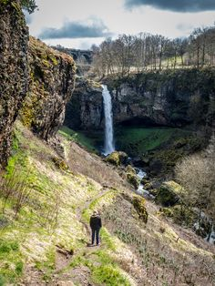 Be crazy dare Cantal! The Caillou with Owls Road Trip France, Us Destinations, Camping And Hiking, Where To Go, Us Travel, Land Scape, Places To Visit, World, Caillou