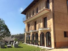 Le Piemontesine Igliano Offering rooms with balcony, Le Piemontesine is set in the village of Costa San Luigi, in a tranquil green area outside Igliano. Guests can relax in the garden and try the on-site restaurant serving Italian cuisine.