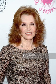 Stefanie Powers Photos Photos - Actress Stefanie Powers attends the 2016 Carousel Of Hope Ball at The Beverly Hilton Hotel on October 2016 in Beverly Hills, California. - 2016 Carousel of Hope Ball - Arrivals Hart Pictures, Stephanie Powers, Power Photos, The Beverly, Beverly Hilton, Ladies Gents, Golden Girls, Classic Beauty, Going Out