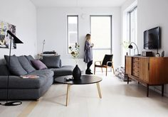 AT HOME WITH SASCHA FEDERS IN FREDERIKSBERG