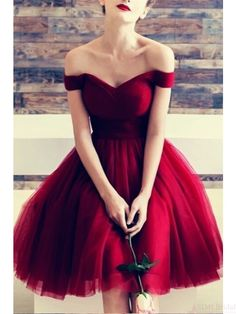 Off Shoulder Burgundy Knee Length Tulle Homecoming Dresses (ED2524) Junior Prom Dresses, V Neck Prom Dresses, Evening Dresses, Short Red Prom Dresses, Cute Red Dresses, 1950s Dresses, Dresses Dresses, Beach Dresses, Dance Dresses