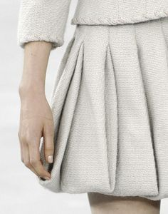 Puffball Pleat Skirt - fabric manipulation; fashion details // Chanel haute couture