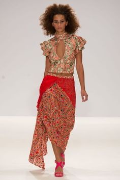 INIFD-LST London Spring/Summer 2017 Ready-To-Wear Collection | British Vogue