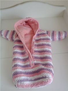 49 Ideas Crochet Baby Bunting Cocoon Handmade For 2019 Crochet Baby Jacket, Crochet Baby Cocoon, Crochet Bebe, Baby Blanket Crochet, Crochet For Kids, Bunting Bag, Baby Bunting, Baby Knitting Patterns, Baby Patterns
