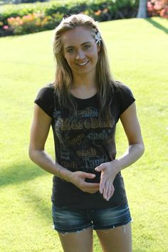 Amber Marshall...Want Her Shirt! =)