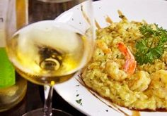 Risoto. PARADOR GAROPABA, o melhor restaurante à beira mar, na Praia de Garopaba - Santa Catarina. Frutos do mar, grelhados, massas, risotos, fondues, saladas e outras delícias gastronômicas com o mais belo visual.