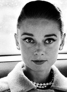 Audrey Hepburn photographed by Richard Avedon, 1959