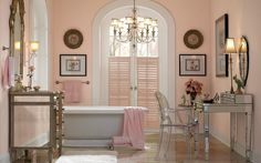 Shell Coral Pink Bathroom