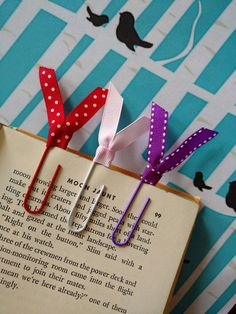 Check out this item in my Etsy shop https://www.etsy.com/listing/489049916/bookmark-decorative-paper-clip-calendar
