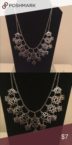 Stunning Silver Statement Necklace Stunning Silver Statement Necklace - Perfect for any Occasion Jewelry Necklaces