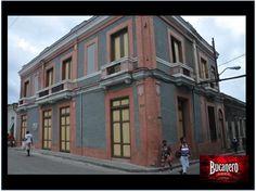 CERVEZA BUCANERO. ¿Sabes en qué siglo fue creada la primera botica que hubo en la ciudad de Santiago, Cuba? La primera botica fue construida en el siglo XVIII por Don Juan Saco y Quiroga, quien hizo valer su titulo de boticario y llevó arancel para el precio de las medicinas. www.cervezasdecuba.com