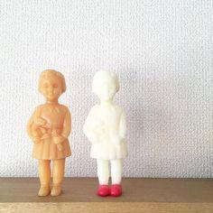 11.21 白い子、赤い靴はかせてかわいいな〜と おもっていたのに 妹にマヨネーズにしかみえない!と一蹴( ; ; ) マヨに比べるともう少し黄色みが少ないと 思うのだけど。 そう言われるともうマヨにしかみえない。 こちらもお譲り先決まりました♥︎ Clonette doll candles