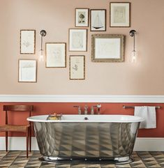farrow & ball setting plaster and red earth styled by - Mad About The House Rustic Bathroom Vanities, Bathroom Red, Large Bathrooms, Bathroom Colors, Modern Bathroom, Industrial Bathroom, Family Bathroom, Beautiful Bathrooms, Master Bathroom