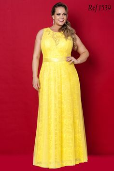 Coleção Rubi - Vestidos Plus Size - Aiza Collection Vestidos Plus Size, Plus Size Gowns, Evening Dresses Plus Size, Plus Size Summer Outfit, Plus Size Outfits, Curvy Fashion, Plus Size Fashion, Mother Of The Bride Dresses Long, Curvy Dress