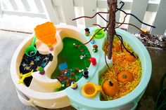 Trick-or-Treat Halloween Small World Holidays Halloween, Halloween Kids, Halloween Treats, Halloween Party, Fun Activities For Kids, Sensory Bins, Inspiration For Kids, Having A Blast, Small World