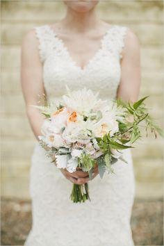 peach and white wedding bouquet #bouquet #mixedflorals #weddingchicks http://www.weddingchicks.com/2014/03/21/pretty-peach-wedding/