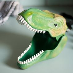 Round up all your ROAR-some stuff!   This Dino Case will gobble up your crayons, lunch or fossils to keep them safe. The strong case is an ideal storage solution for stomping around with. The nifty handle doubles as a locking strap for the dino's jaw to save all your essentials from extinction!   Perfect for the Jurassic explorer in your life.    #dinosaur #lunchbox #bento #lunchbag #trex #jurassic #kids #motherhood #lunch #schoollunch #cooking #baking #homemade #afterpay #cooking #littlebooteek...