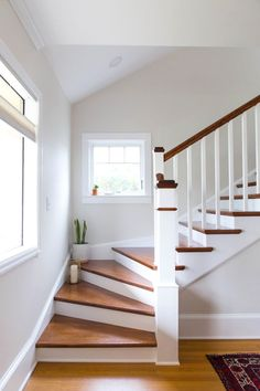New Staircase Design Ideas House Staircase, Staircase Remodel, Staircase Makeover, Attic Stairs, Staircase Ideas, Staircase With Landing, Stairs To Basement, Interior Staircase, Stairs In Homes