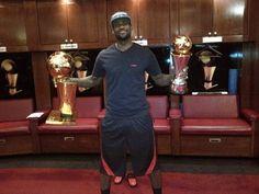 #NBA Playoff 2012: i Miami Heat vincono il titolo e LeBron James torna su #Twitter #socialnetwork