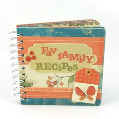 Compile your favorite recipes and add them to a special mini book. #wermemorykeepers #cinchtool #minialbums