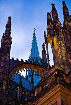 Praga Beautiful World, Beautiful Places, Visit Prague, Unusual Buildings, Prague Czech Republic, Romanesque, Amazing Architecture, Oh The Places You'll Go, Luxury Travel