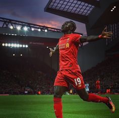 Searching For The Right Fitness Advice? Look No Further Liverpool Players, Fc Liverpool, Liverpool Football Club, Sadio Mane, Premier League Teams, Soccer Pictures, We Are The Champions, Red Day, You'll Never Walk Alone