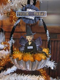 How to make Halloween ornaments