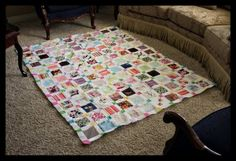 How to make a baby clothes quilt....if only I could sew or even had a sewing machine!