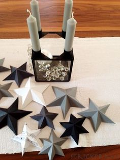 Fold simple stars - more - Very Merry Christmas, Christmas Star, Winter Christmas, Christmas Crafts, Christmas Decorations, Xmas, Christmas Ornaments, Christmas Napkins, Christmas Origami