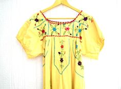 Women's embroidered mexican peasant dress Long Maxi  tent Yellow Pink Blue Floral Ethnic Hippie Folk Boho-chic Vintage 70's