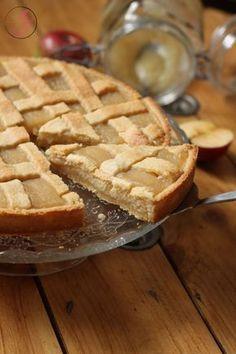 Tarte à la crème d'amande et compote de pommes