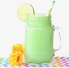 Searching for the perfect Party Punch for your green themed parties? This fun Lime Sherbet Party Punch Recipe is simple, delicious, and greener than green! Rainbow Sherbet Punch Recipe, Lime Sherbet Punch, Strawberry Lemonade Punch, Blue Punch, Pink Lemonade, Strawberry Jam, Purple Punch Recipes, Pomegranate Punch Recipes, Party Punch Recipes
