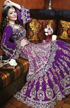 Google Image Result For 3bpblogspot GOhV28FsX U TAjGZ7 PqaI AAAAAAAAAKI 2gKG EBWYTI S1600 Purple Indian Bridal Dress 2