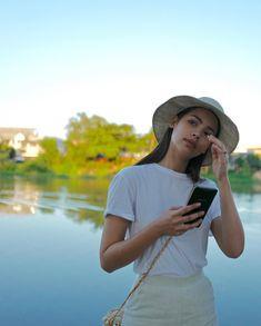 Urassaya Sperbund (@urassayas) • Instagram photos and videos Jennie Kim Blackpink, Thai Model, Photos Tumblr, Insta Photo Ideas, Celebs, Celebrities, Trouser Pants, Asian Beauty, Cute Girls