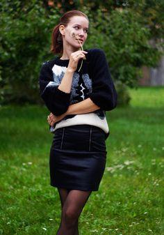 more: http://byfoxygreen.blogspot.sk/2014/11/leather-skirt.html