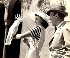 Humphrey Bogart,Ingrid Bergman and a parrot