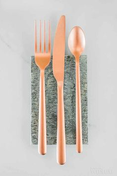 Sleek, rose gold #flatware? Yes, please! | Photography: Rhythm Photography and Hello Inspira Photography | WedLuxe Magazine #luxury #wedding #luxuryweddings #styledshoot #decorinspo #weddingdecor #tabledecor