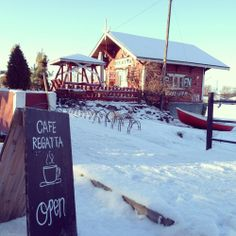 Cafe Regatta Helsinki - A favourite, cosy cafe in Helsinki all year round cosiness