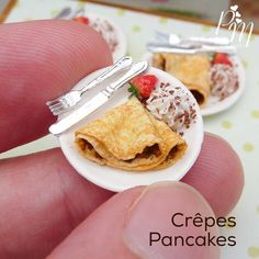 Miniature crêpes for Mardi Gras www.parisminiatures.etsy.com