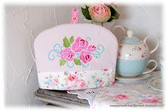 Der Stickbär | Designs und Inspiration von Cornelia gestickter Teekannenwärmer