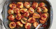 Upgrade your regular roast potatoes by dousing them in golden syrup and bacon. It's the salty-sweet side you never knew you needed. Roasted Potato Recipes, Roasted Sweet Potatoes, Savoury Recipes, Vegetarian Recipes, Vegetable Dishes, Vegetable Recipes, Vegetable Ideas, Korma Curry Paste, Slow Roast