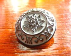 Scrollwork and Edelweiss Metal Buttons , Copper White Color , Flat Cone , Shank , 0.91 inch , 10 pcs by Lyanwood, $7.00
