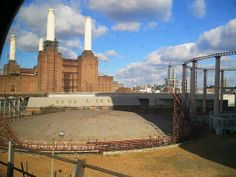 Battersea Power Station from Southern Train to Clapham Junction