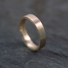 male wedding ring with brushed finish - remain